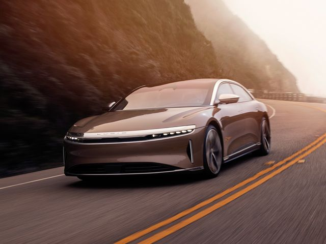 Lucid Motors与Churchill Capital Corp IV合并上市,加强Lucid在可持续电动汽车市场重新定义豪华,性能和效率的愿景
